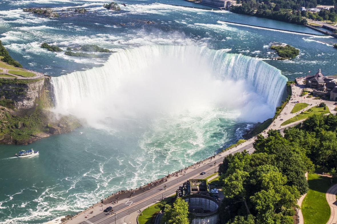 تور یک روزه آبشار نیاگارا از تورنتو